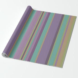 Modelo coloreado de moda de las rayas papel de regalo
