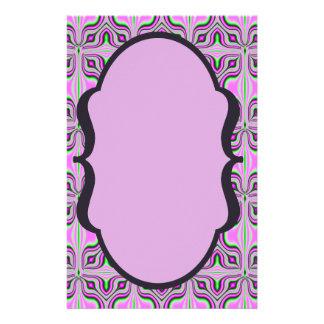 Modelo de color de malva rosado de la MOD Folleto 14 X 21,6 Cm