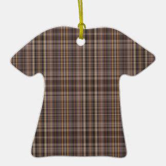Modelo de la tela escocesa de Brown del café Adorno De Cerámica En Forma De Camiseta