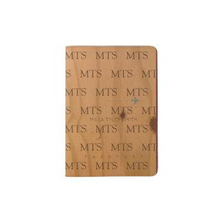 modelo de la tipografía de iniciales en la madera porta pasaportes