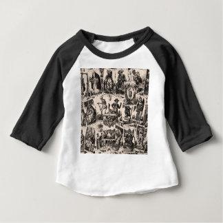 Modelo de las cartas de tarot camiseta de bebé