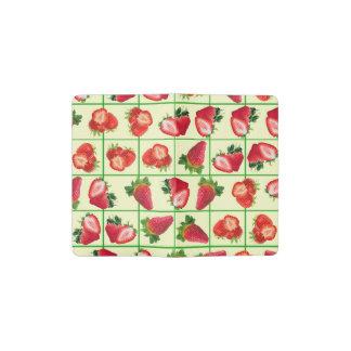 Modelo de las fresas cuaderno de bolsillo moleskine