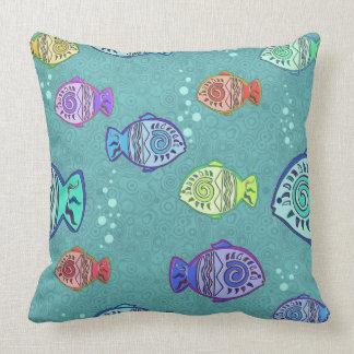 Modelo de los pescados del clip art + sus ideas almohadas