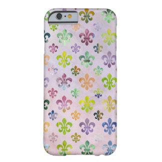 Modelo de moda de la flor de lis de la pintura de funda de iPhone 6 barely there