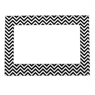Modelo de zigzag de Chevron blanco y negro Foto De Imanes