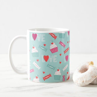 Modelo del amor de los corazones de la magdalena taza de café