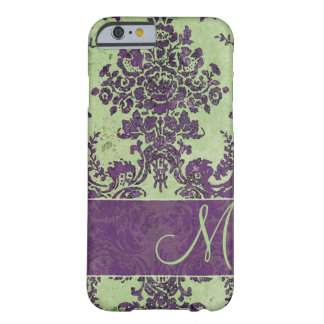Modelo del damasco del vintage con el monograma funda de iPhone 6 barely there