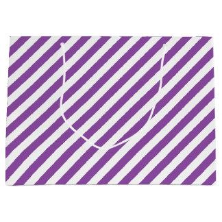Modelo diagonal púrpura y blanco de las rayas bolsa de regalo grande