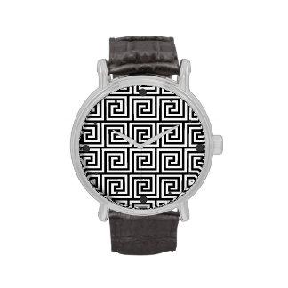 Modelo dominante griego gráfico blanco y negro relojes