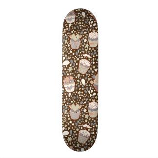 Modelo dulce hecho de magdalenas sabrosas tablas de skate