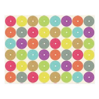 Modelo en colores pastel de los discos del círculo postal