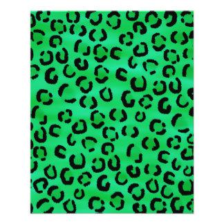 Modelo esmeralda del estampado leopardo del color tarjeton