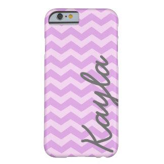 Modelo femenino púrpura y rosado personalizado de funda de iPhone 6 barely there