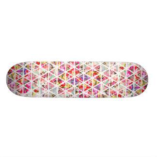 Modelo floral abstracto brillante del pastel de tablas de skate