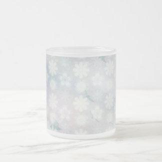 Modelo floral de los pájaros taza cristal mate