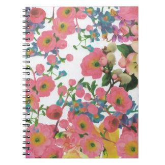 modelo floral del tema de las flores elegantes del cuaderno