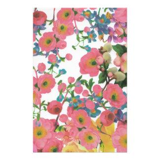 modelo floral del tema de las flores elegantes del papelería
