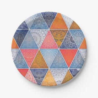 Modelo geométrico colorido de las mandalas de los plato de papel