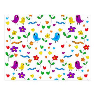 Modelo lindo de los pájaros y de flores postal