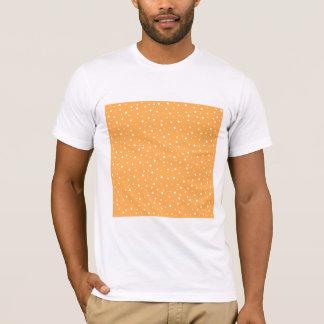 Modelo manchado del naranja y blanco camiseta