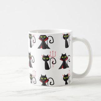 Modelo negro Halloween de los gatos del diablo Taza De Café