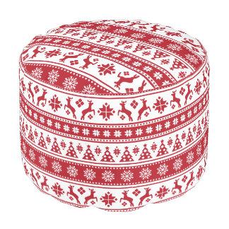 Modelo nórdico del día de fiesta del navidad puf