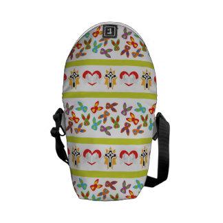 Modelo psico de Pascua colorido Bolsas De Mensajería