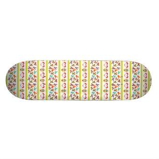Modelo psico de Pascua colorido Tablas De Skate