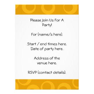 Modelo retro anaranjado invitacion personalizada