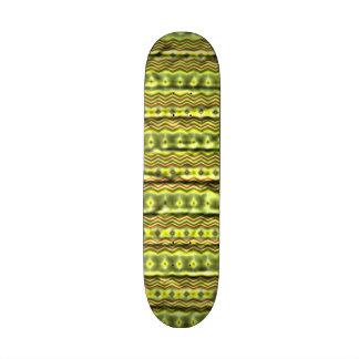 Modelo tribal colorido monopatín 18,4 cm