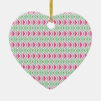 Modelo tribal del triángulo gris verde rosado ornamente de reyes