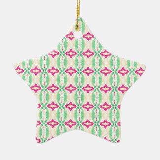 Modelo verde rosado de las cadenas de las rayas adorno navideño de cerámica en forma de estrella