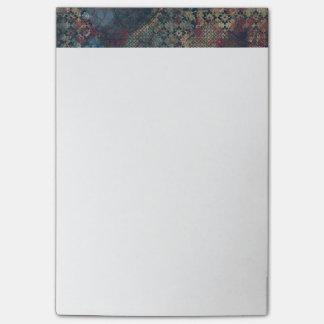 Modelos sucios con el remiendo sucio de texturas notas post-it®