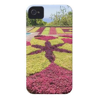 Modelos y formas coloridos hermosos en jardín funda para iPhone 4
