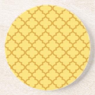 Moderno geométrico del modelo marroquí amarillo de posavasos para bebidas