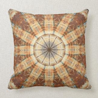 Moho-Mandala, colores del moho Cojín Decorativo