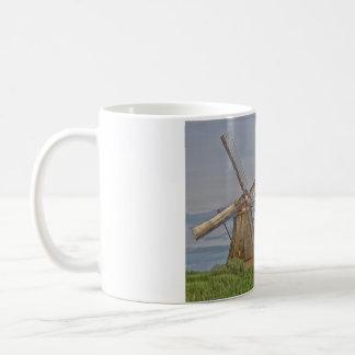 molinoes de viento del sitio del patrimonio taza de café