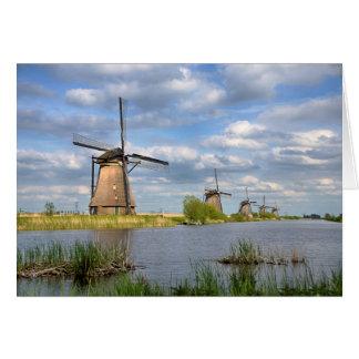 Molinoes de viento en tarjeta de felicitación de