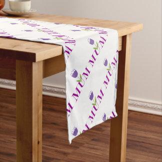 Momia floral camino de mesa corto