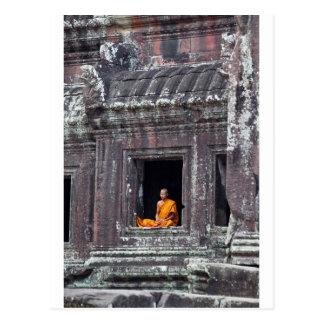 Monje budista Angkor Wat meditating Postal