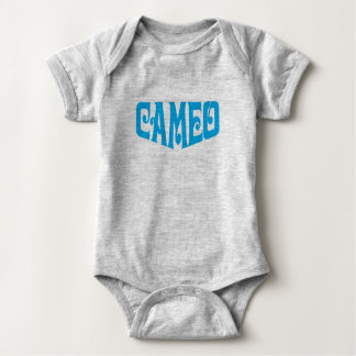 Mono del bebé con el logotipo del camafeo body para bebé