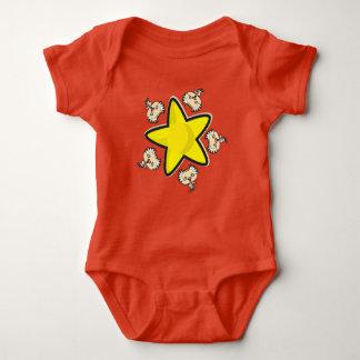 Mono del jersey del bebé, rojo con el científico y
