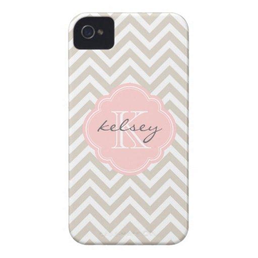 Monograma beige y rosado de lino del personalizado iPhone 4 protector