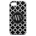 Monograma blanco y negro del modelo de Quatrefoil iPhone 5 Case-Mate Protector