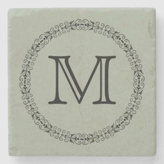 Monograma de moda verde gris sabio del color posavasos de piedra