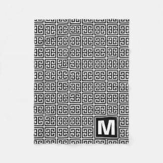 Monograma dominante griego blanco y negro moderno manta polar