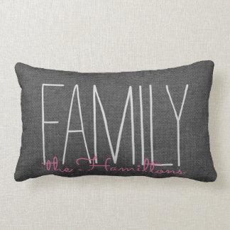 Monograma elegante rústico de la familia EN GRIS Cojín Lumbar