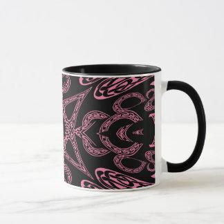 Monograma gótico K del misterio rosado Taza