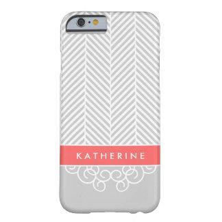 Monograma gris y coralino del personalizado del funda para iPhone 6 barely there