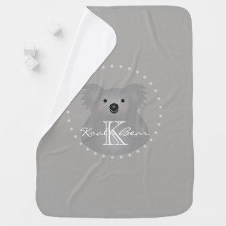Monograma mimoso lindo del oso de koala del bebé mantita para bebé